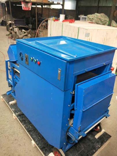 commercial mealworm separator for shipping